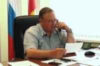 Владимир Мусатов отвечает на вопросы жителей Брюховецкого района в ходе проведения прямой линии