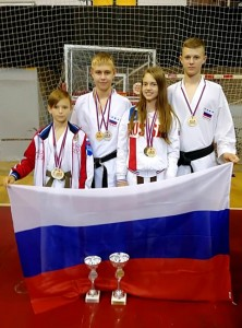 Слева направо: Ефим Верецкий,  Денис Бобров, Лилия Короткая, Андрей Трофименко.