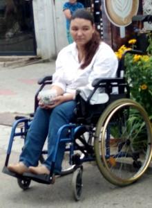 Эта женщина приезжает просить милостыню в Брюховецкую из Краснодара